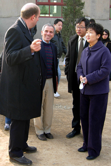 Vice-Governor of Shaanxi Province (at right) was among the honored guests from the local and provincial government. Standing to her right is Fuli Cement's government relations manager Wang Zhen (Jack)